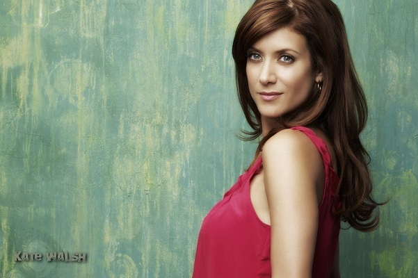 Hollywood superstar KATE WALSH on Afternoons!