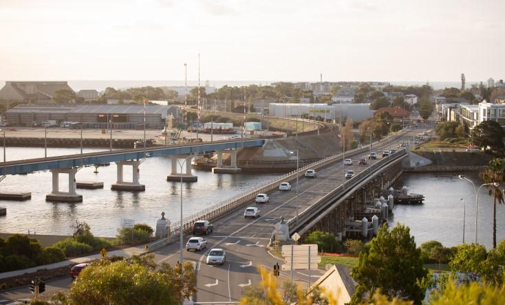 New Fremantle traffic bridge design draws ire from community