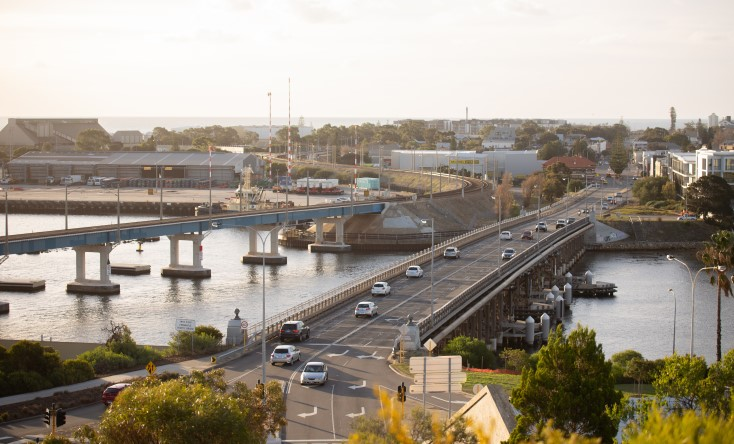 Article image for New Fremantle traffic bridge design draws ire from community
