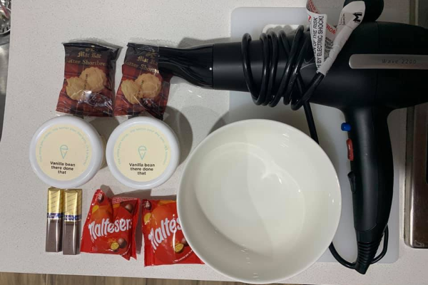 Article image for Quarantine chef – you won't believe the meals he creates using a hairdryer