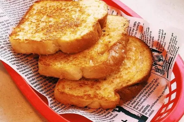 The end of the cheesy toast: Sizzler to close permanently in Australia