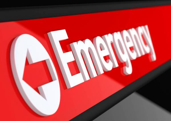 Article image for Doctor warns of deadly 'pandemic of overcrowding' in WA emergency departments