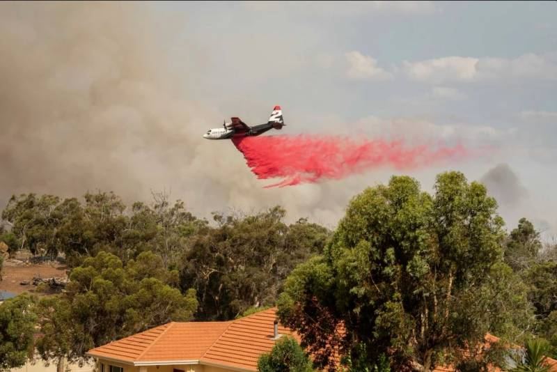 Article image for Heroes in the sky : The humble pilots who battled the Wooroloo blaze