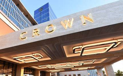 Article image for NSW gambling watchdog calls for Crown Resorts' Perth-based director to resign