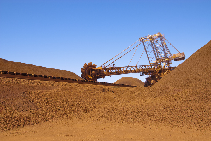 Article image for Mining company to get $200 million in royalties after state government deal