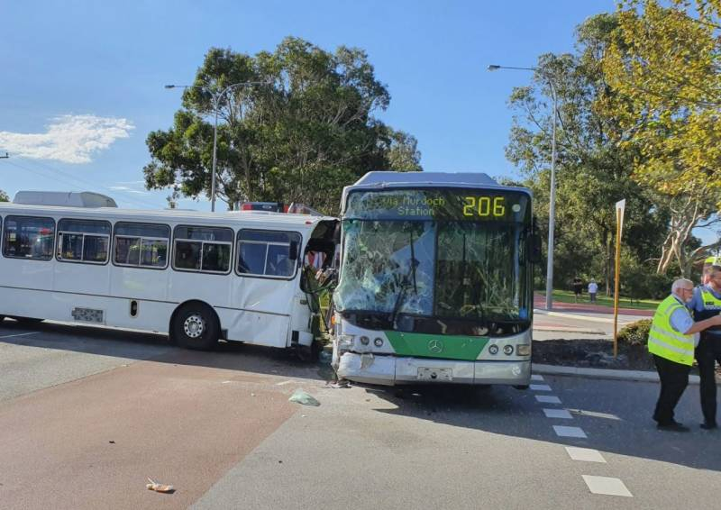 Article image for Bus driver injured after school bus crash in southern suburbs