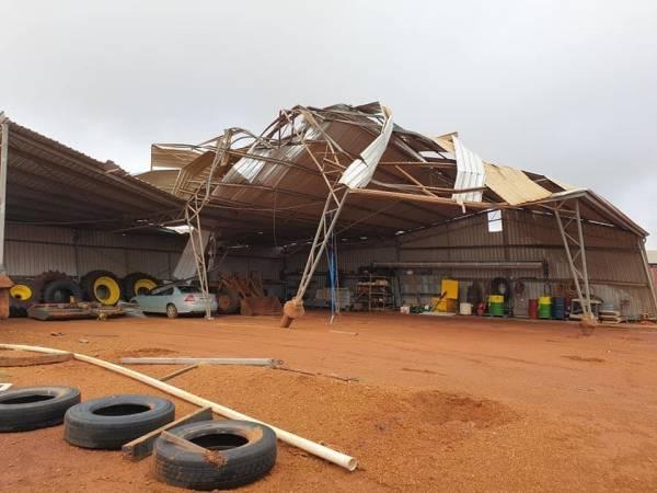 Article image for Cyclone Seroja leaves trail of destruction along WA coast