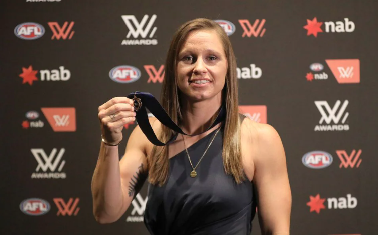 Article image for Kiara Bowers takes out AFLW best and fairest