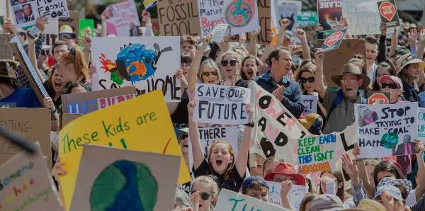Article image for School students to rally for renewables
