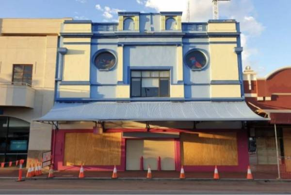 Article image for Subiaco council refuse application to demolish crumbling buildings