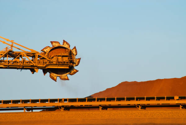 Article image for Mining industry push for foreign workers to fill 40,000 jobs