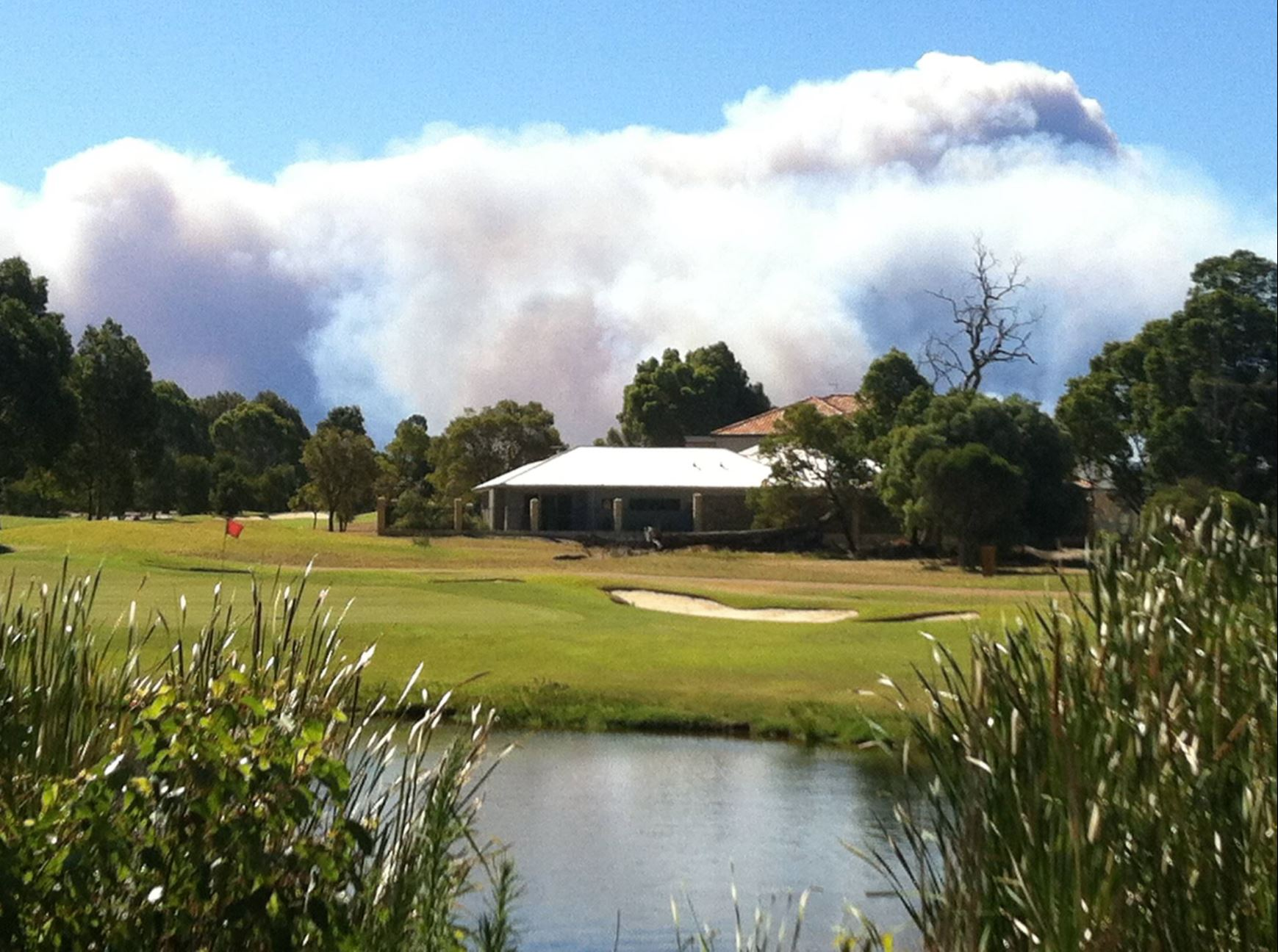 Article image for Vines residents fear 'golf resort lifestyle' is under threat