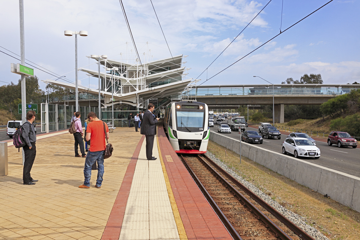 Article image for Joondalup trains back up after crack in train line