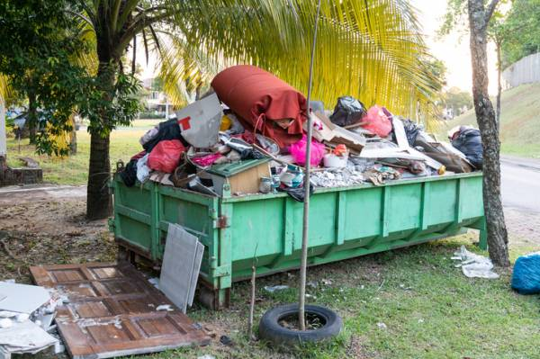 Article image for Exclusive: Consumer Protection issue warning over skip bin supplier