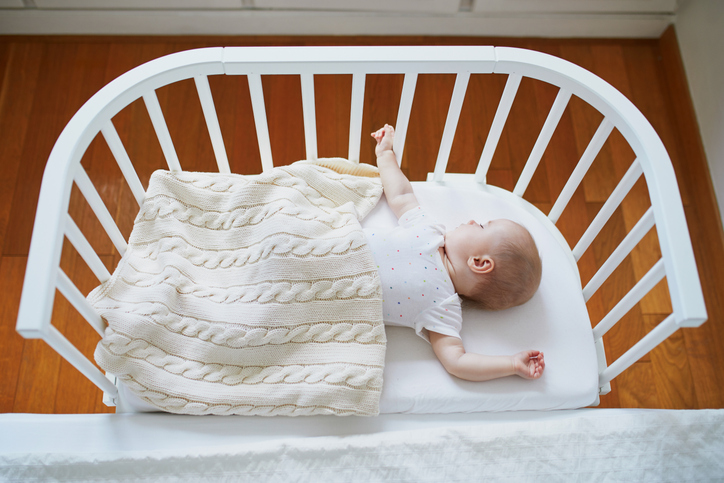 Article image for Why baby bassinets should be on the non-breastfeeding parents' side of the bed