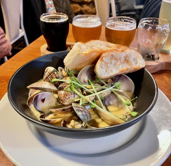 Slice of Perth: Incredible local seafood at this Kalbarri brewery