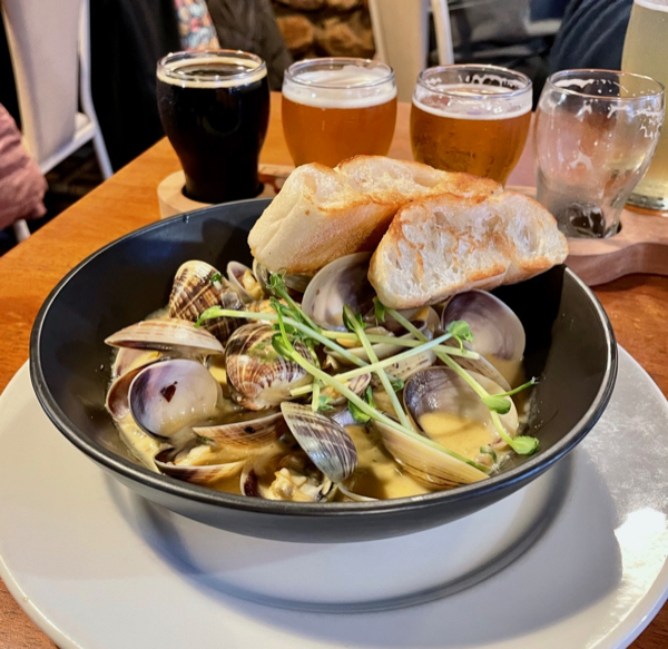 Article image for Slice of Perth: Incredible local seafood at this Kalbarri brewery