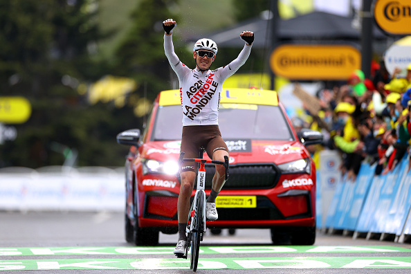 Article image for Why Ben O'Connor's parents nearly missed his Tour de France stage win