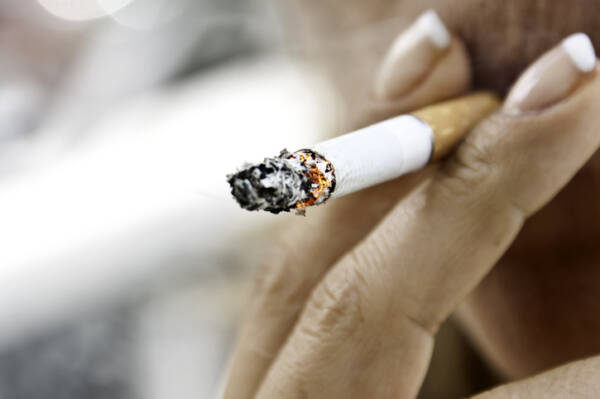 Article image for Survey shows we want more smoke-free public spaces