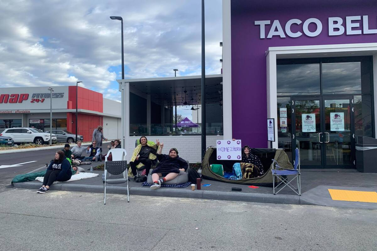 Article image for Taco Bell fans queue overnight ahead of the opening of its first Perth store
