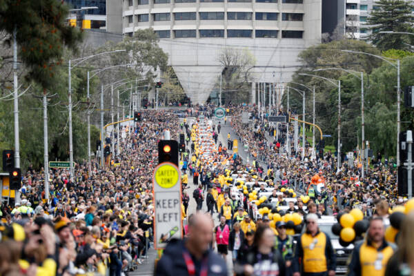Article image for Perth to host 'People's Parade' on Grand Final eve