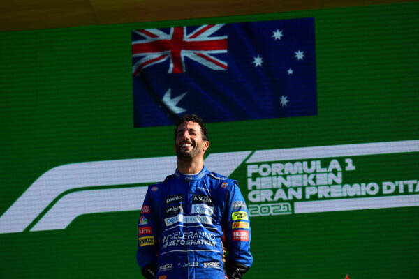 Article image for Daniel Ricciardo wins Italian Forumla One Grand Prix