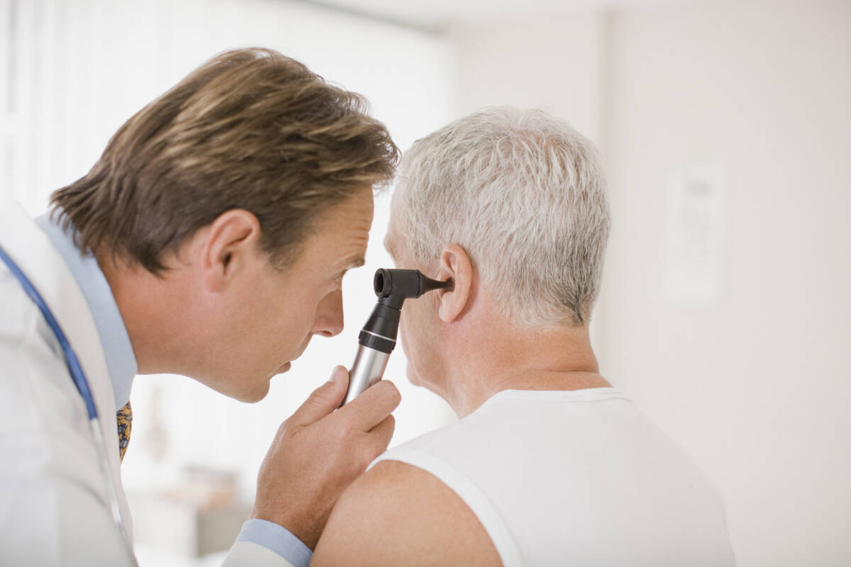 Article image for The 'very strong link' between dementia and hearing loss