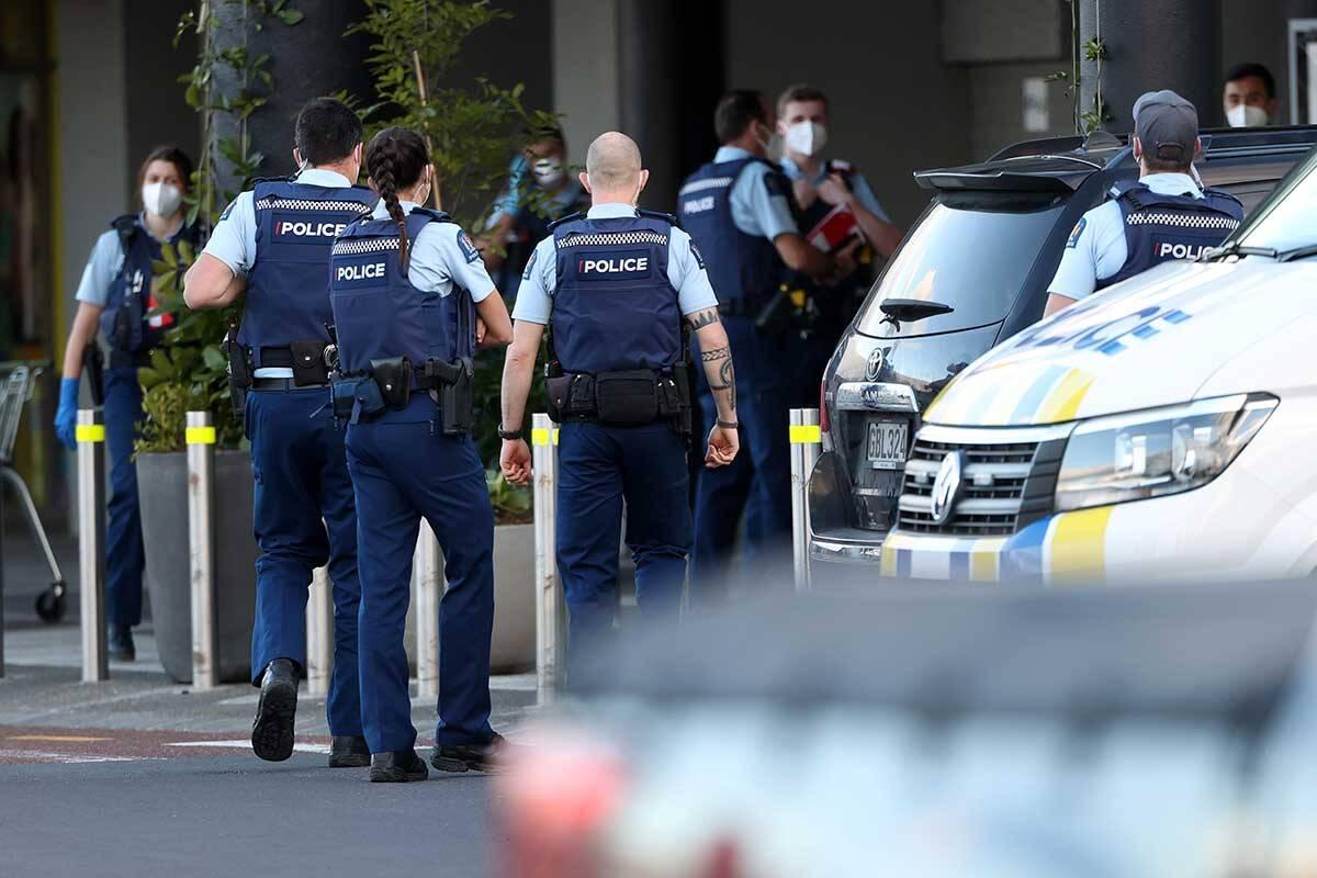 Article image for Terror suspect shot dead in New Zealand supermarket