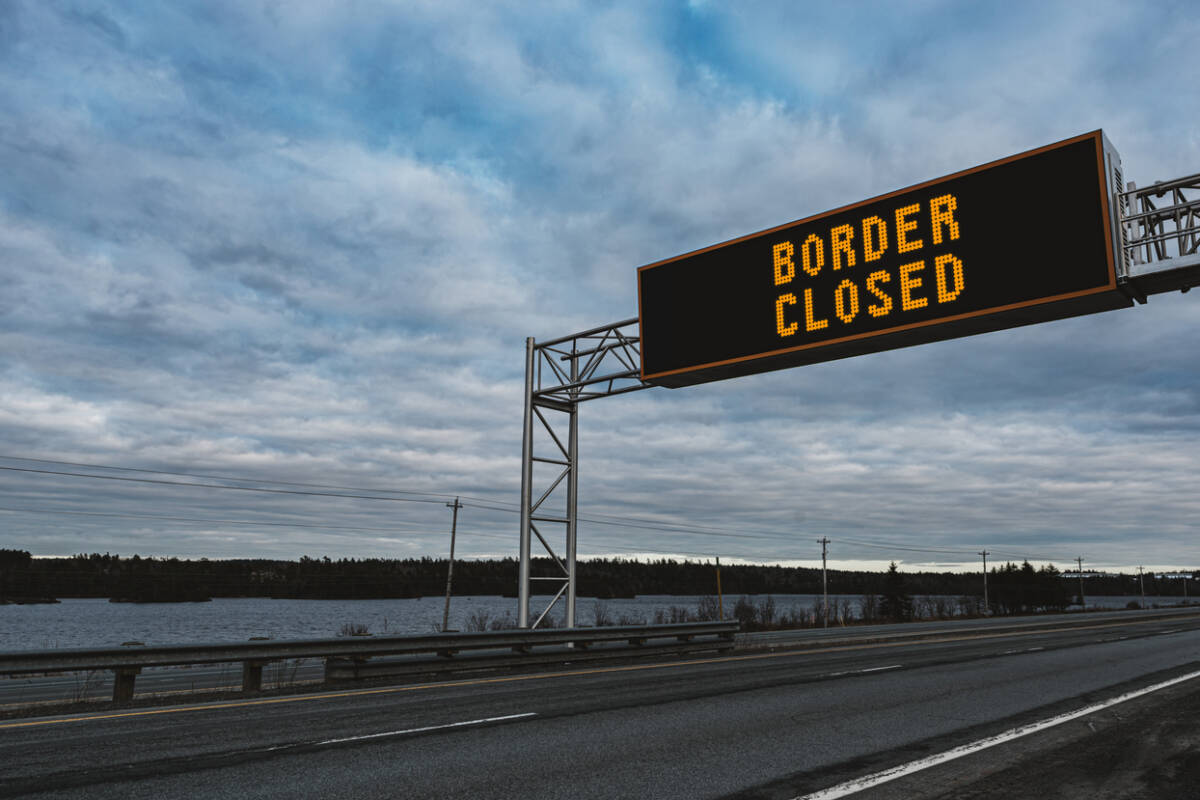 Article image for Flight Centre prepared to challenge border closures